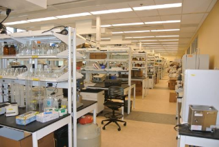A view of an interior lab.